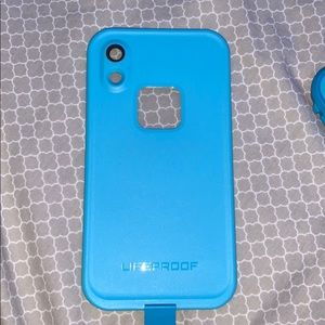 COPY - LIFEPROOF CASE (IPHONE XR)